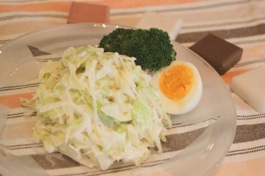 鶏がらマヨ和え簡単サラダ