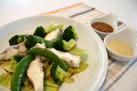 春野菜と鯛の温サラダ