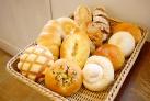 パンは全て国産小麦の無添加生地