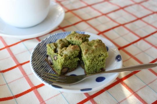 黒豆抹茶ケーキ